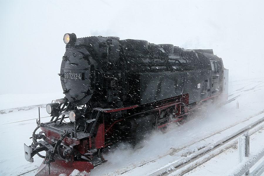 Ankunft im Schneetreiben